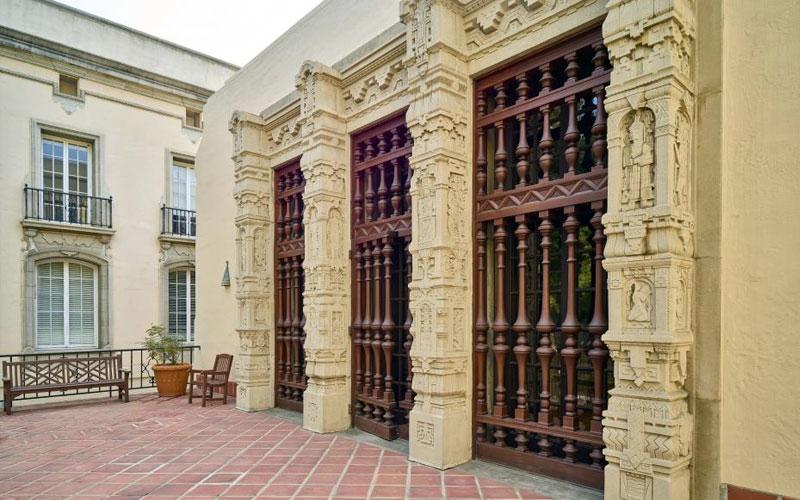 Caltech Gates Annex Linus Pauling Lecture Hall - Front Door